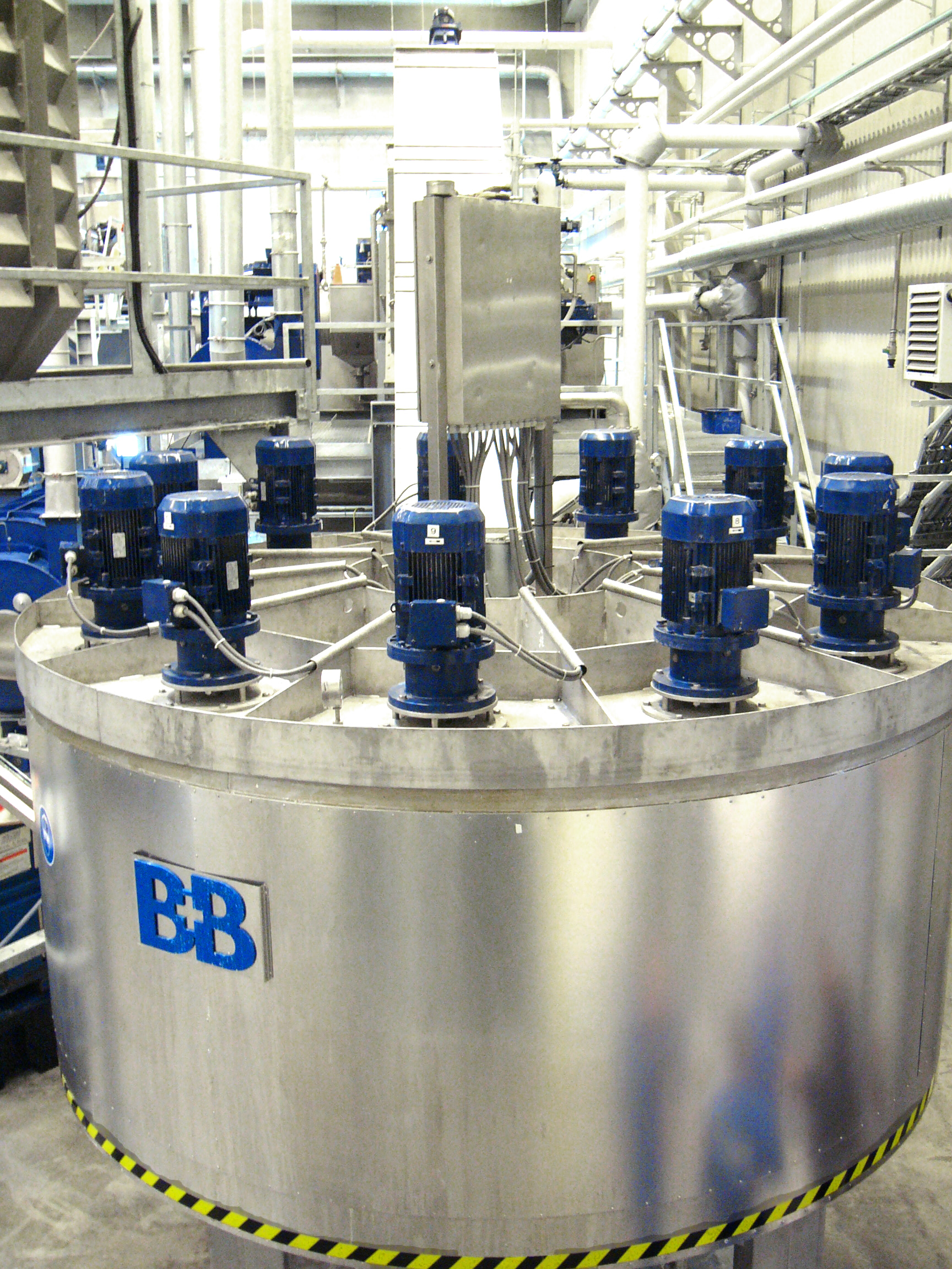 PET flakes hot washer with continuous operation - B+B Anlagenbau