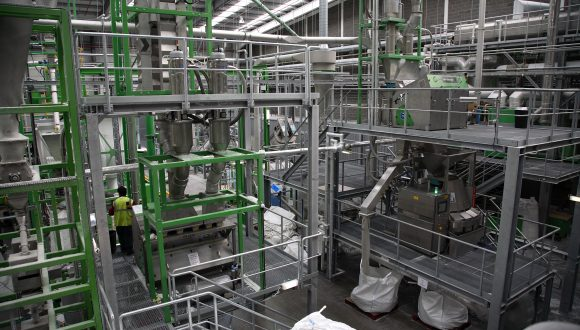 recycling plant for HDPE and PET